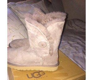 Ugg boots Größe 39 in grau Flieder