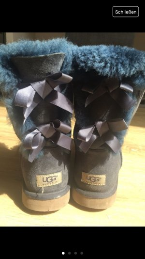 UGG Boots in blau (40)