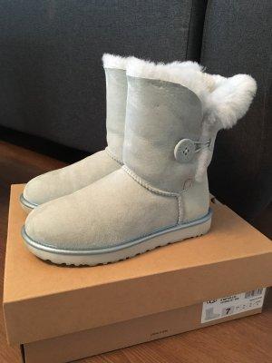 UGG Boots in Eisblau