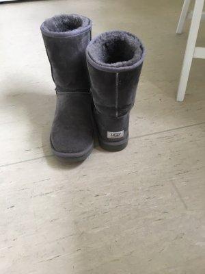 UGG Boots in grau Original