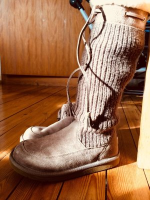 Ugg Boots Knit in Haselnuss