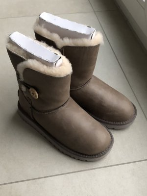 UGG Boots Leder neu, ungetragen