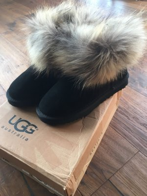 UGG Boots mit Fell