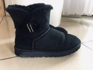 UGG Boots mit Glitzer-Schleife