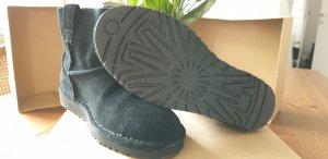 Ugg Boots neu 36 mini schwarz