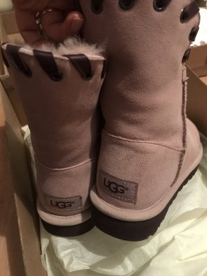 UGG Boots Original im Karton