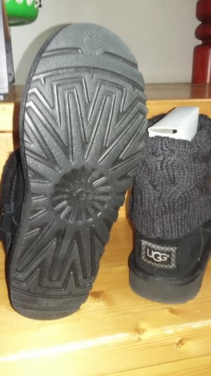 """UGG Boots """"Saela"""" neu & ungetragen"""