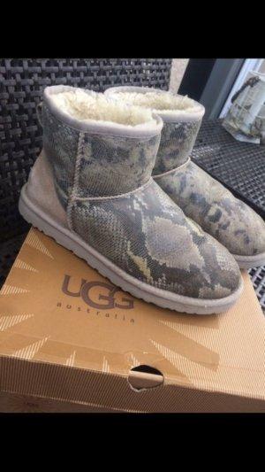 Ugg Boots Schlangenmuster