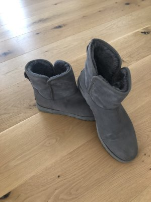 UGG Boots (schmal)
