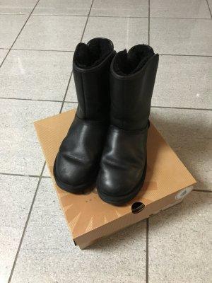Ugg Boots schwarz Glanttleder wasserfest