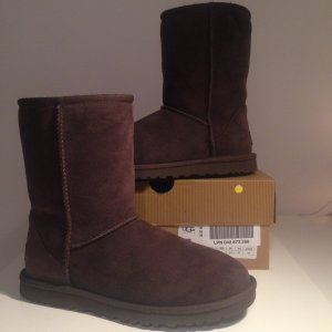 UGG Australia Boots brown leather