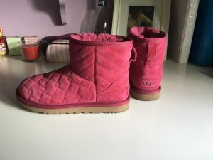 UGG boots steppmuster