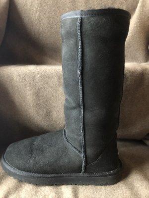UGG Boots Stiefel in schwarz