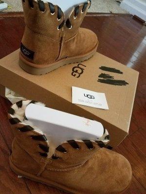 Ugg Boots W Aidah Chestnut Original