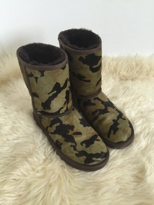 Ugg Camouflage aus Kuhfell