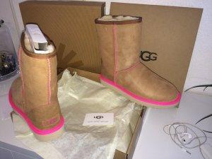 UGG Australia Boots beige-pink