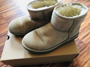 UGG Classic Mini Veloursleder Boots, Gr.37