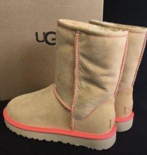 Ugg Classic Neon w.Neu