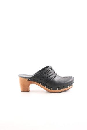 UGG Clog Sandals black casual look