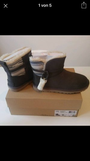 UGG Australia Booties multicolored leather