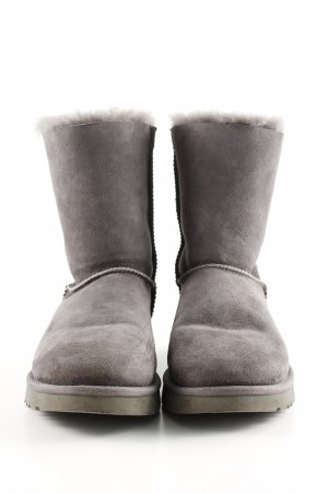 UGG Fur Boots light grey casual look