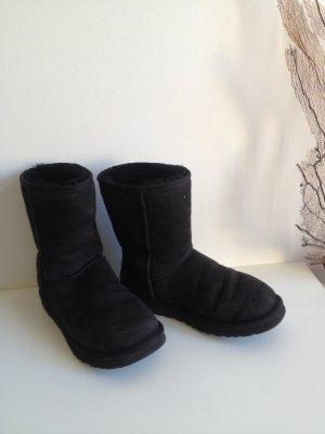 UGG ** Gr. 38 ** schwarz ** Boots