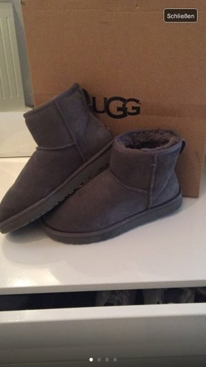 UGG Australia Boots grey suede