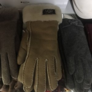 UGG Padded Gloves oatmeal-bronze-colored