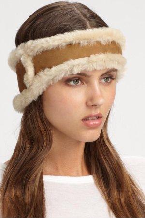 UGG Australia Chapeau en fourrure marron clair-blanc cassé
