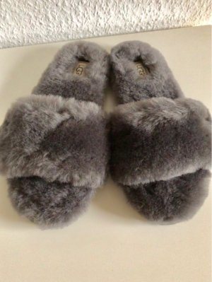 UGG Ladies Slippers