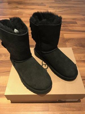Ugg Lammfellschuhe / Stiefel 9/40; 10/41 neu Meilani