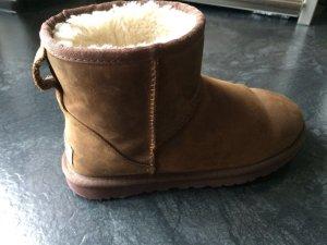 UGG Leather Boots mini