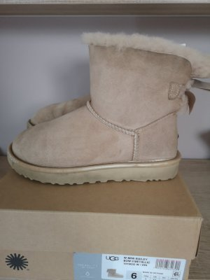 Ugg Mini Bailey Bow ll