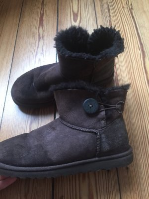 UGG MINI BAILEY BUTTON - Stiefelette - chocolate