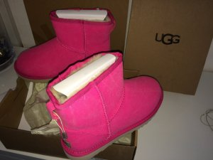 Ugg Mini Limited Edition