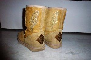 UGG Australia Snow Boots beige-camel