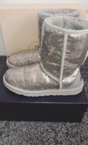 UGG Bottes de neige argenté-gris clair