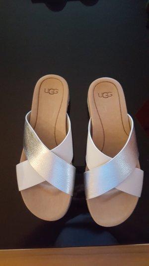 UGG Sandales à lanière blanc-argenté