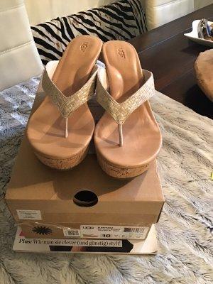 UGG Plateauzool sandalen goud-lichtbruin