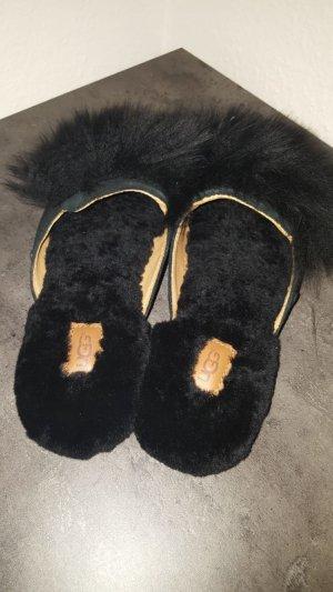 UGG Australia Outdoor Sandals black