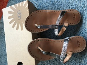Ugg Sandaletten Flip Flops Gr. 38 neu nur 1x getragen
