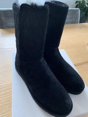 UGG Stiefel Abree Short schwarz