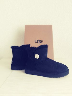 UGG Stiefel Boot schwarz