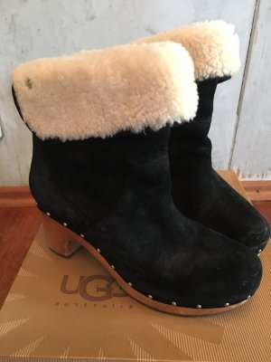 UGG Australia Fur Boots black-cream