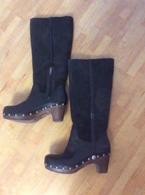 UGG Stiefel mit 6 cm Absatz Gr 38 neuwertig Sale