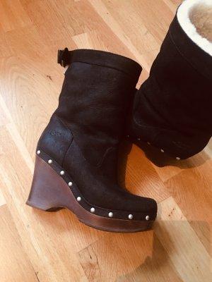 Ugg Stiefel mit Keilabsatz und krempelbar