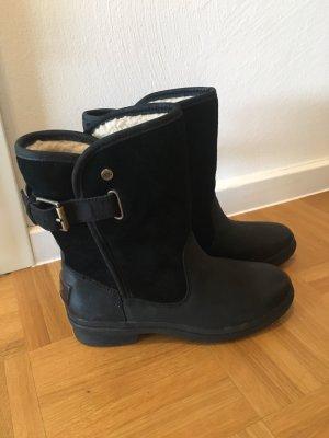 UGG Stiefel - neuwertig & wasserfest