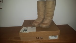 UGG Stiefel Tall Farbe Sand Gr 38