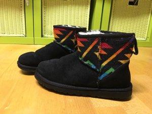 UGG Stiefeletten /Boots  Gr. 36/36,5/37