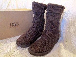 UGG Strick Stiefel Damen Winterstiefel Gr 37 Classic Argyle Knit NP: 189€ in OVP